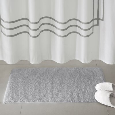 Marshmallow Bath Rug Size: 20 x 30, Color: Silver