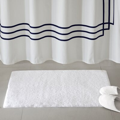 Marshmallow Bath Rug Size: 24 x 40, Color: White