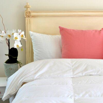 Superior Down Comforter Size: Queen