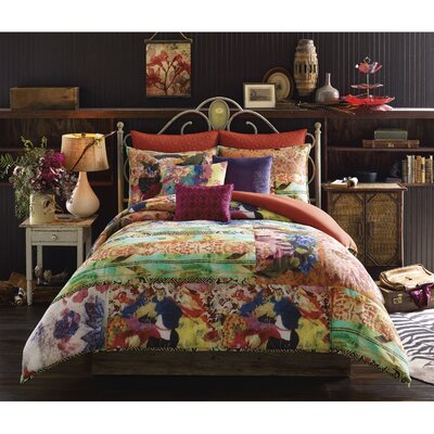 Willa Comforter Set Size: Twin