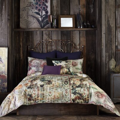 Olivia Comforter Set Size: Full/Queen