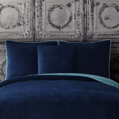 Solid Velvet Standard Sham Color: Cobalt Blue/ Aquamarine Blue