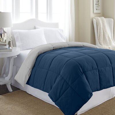 Reversible All Season Down Alternative Comforter Size: King, Color: White/Gray