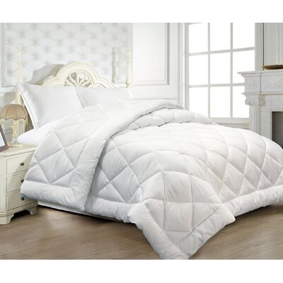 Essentials Seersucker All Season Down Alternative Comforter Size: Twin