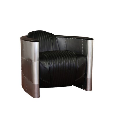 Commander Club Chair Color: Black