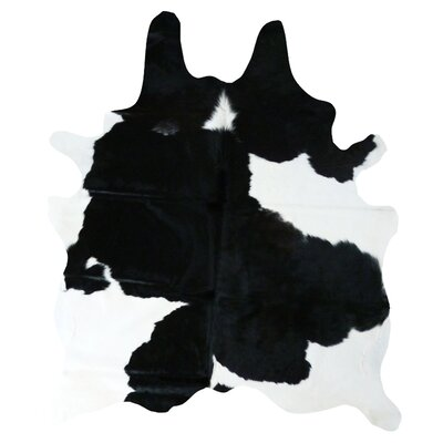 Cedarton Natural Cowhide Black/White Area Rug