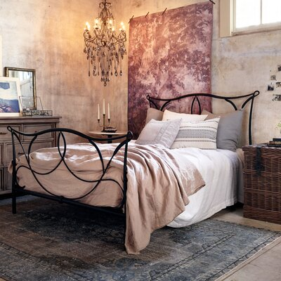 Cursive Iron Four Poster Bed Size: Queen