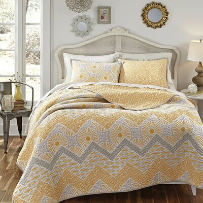Sunnyside Quilt Set Size: Twin