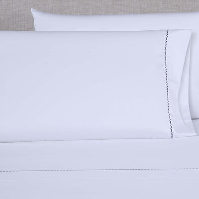 600 Thread Count Embroidered Pillowcase Size: King, Color: White/Navy