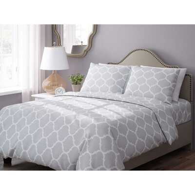 Wayfair Basics 3 Piece Geometric Down Alternative Duvet Cover Set Size: King, Color: Grey / White