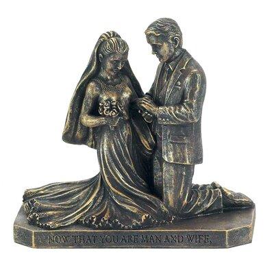 couple praying wedding Figurine