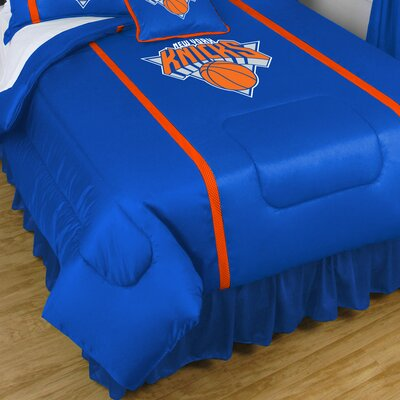 NBA New York Knicks Sidelines Comforter Size: Queen