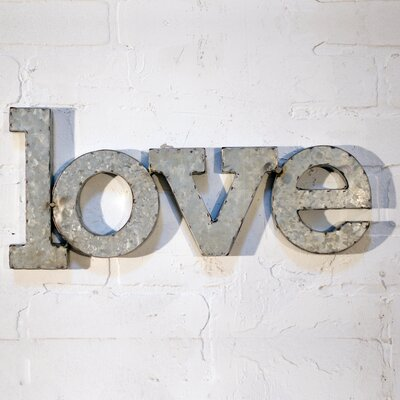 LOVE Wall Décor