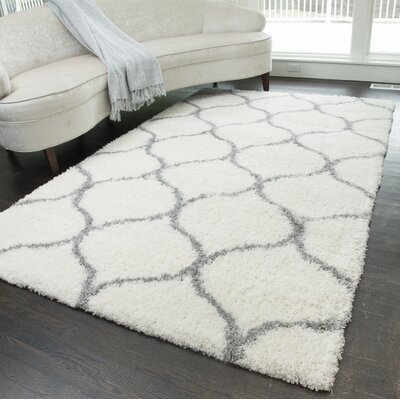 Stillman Shag Links Ivory/Gray Area Rug Rug Size: Rectangle 2 x 4