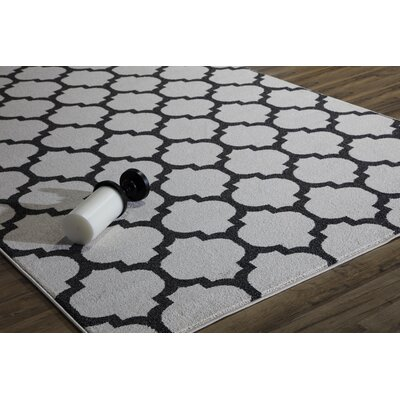 Brooklyn Ivory/Black Area Rug Rug Size: 710 x 1010