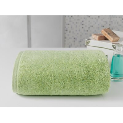 Salbakos Largest Jumbo Terry Bath Towel Color: Green