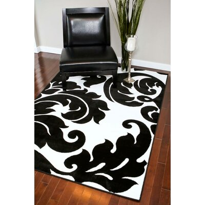 Tobis Black/White Indoor/Outdoor Area Rug Rug Size: 5 x 7