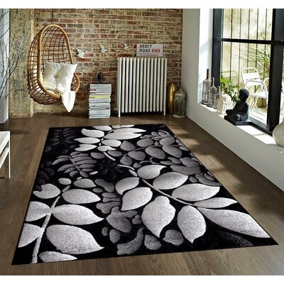 Tobis Gray Indoor/Outdoor Area Rug Rug Size: 5 x 7