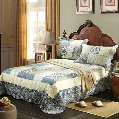 Seaside Villa Bedspread Set Size: Full