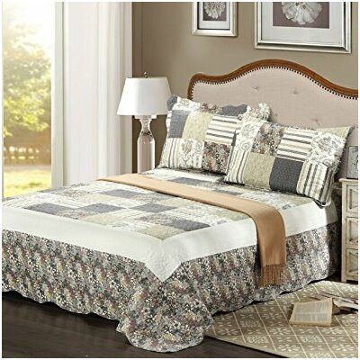 Plaid Morning Flower Galore Reversible Bedspread Set Size: Queen
