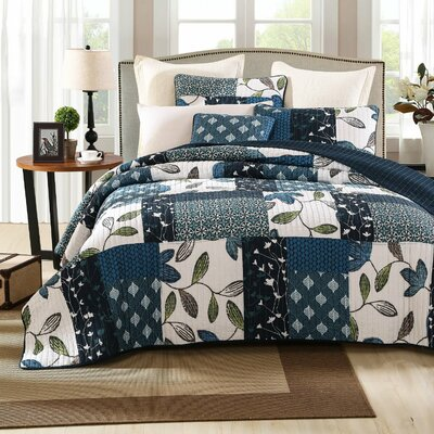 Nightfall Gardenia Quilt Set Size: Queen