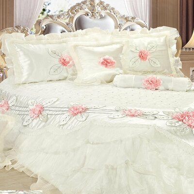 Delicate Luxurious 6 Piece Comforter Set Size: Queen