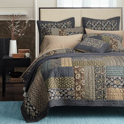 Cotton Reversible Quilt Set Size: Queen