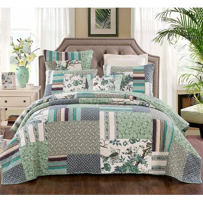 Beachworth Cotton Floral Patchwork Quilt Size: Queen