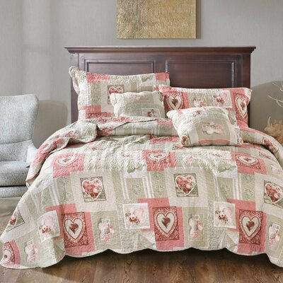 Belinda Sweetheart Cottage Patchwork Quilted Coverlet Bedspread Set Size: Queen