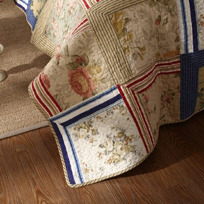 Marianne Patchwork Reversible Quilt Set Size: Full