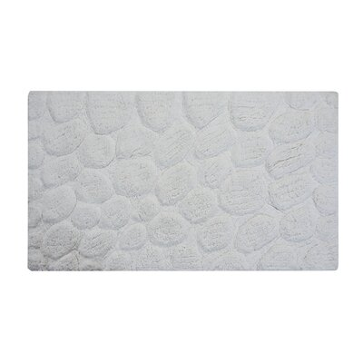 Bath Rug Color: White, Size: 36 x 24
