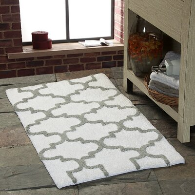 Harriette Geometric Bath Rug Color: White/Gray, Size: 36 x 24