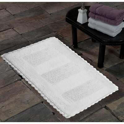 100% Soft Cotton Reversible Crochet Lace Border Bath Rug Size: 0.8 H x 24 W x 36 L