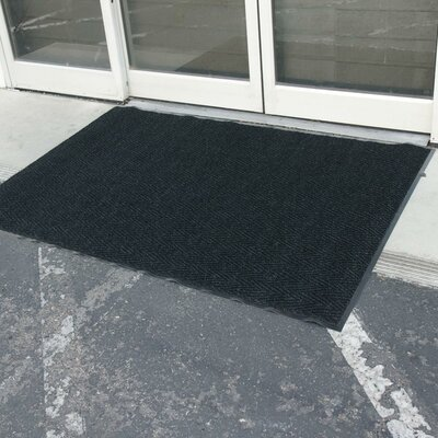 Chevron-Rib Commercial Entrance Doormat Rug Size: 4 x 6, Color: Charcoal