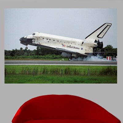 """Shuttle Discovery Landing Poster Wall Mural Size: 16"""" H x 24"""" W space14-t24"""