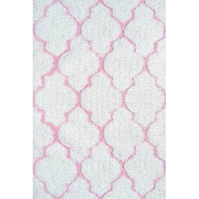 Handmade White/Pink Area Rug Rug Size: 28 x 48