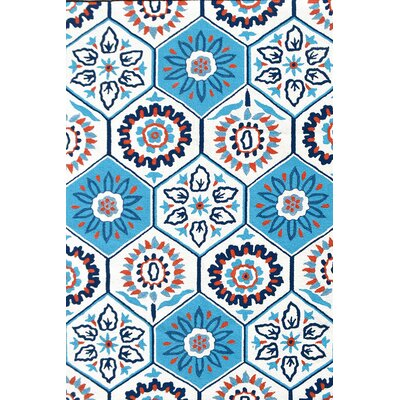 Handmade Tile White Indoor/Outdoor Area Rug