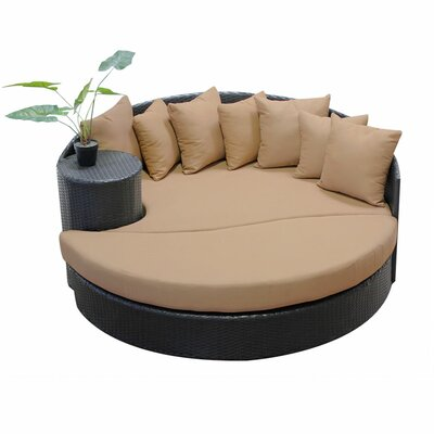 Newport Circular Sun Daybed with Cushions Fabric: Wheat