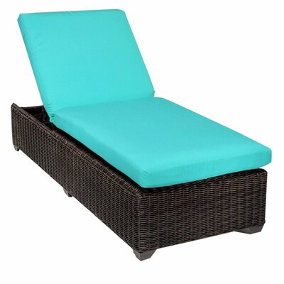 Venice Chaise Lounge with Cushion Fabric: Aruba