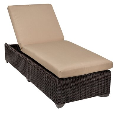 Venice Chaise Lounge with Cushion Fabric: Wheat