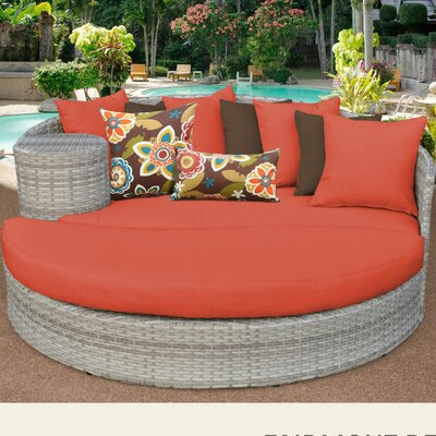Fairmont Daybed with Cushions Fabric: Tangerine
