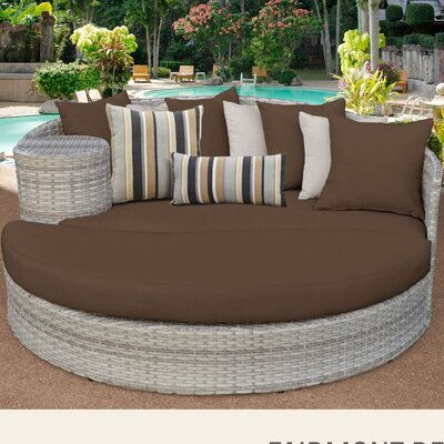 Fairmont Daybed with Cushions Fabric: Cocoa