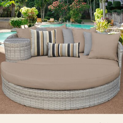 Fairmont Daybed with Cushions Fabric: Wheat