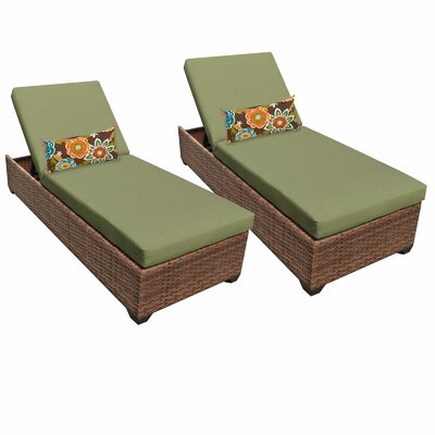 Laguna Chaise Lounge with Cushion Fabric: Cilantro