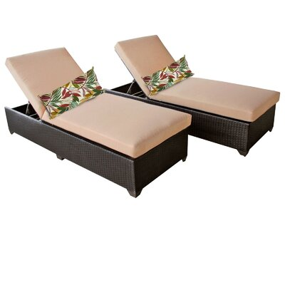 Classic Chaise Lounge with Cushion Fabric: Wheat