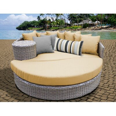 Daybed with Cushions Fabric: Sesame