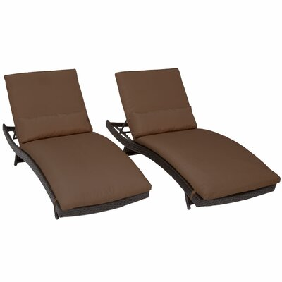 Bali Chaise Lounge with Cushion Fabric: Cocoa