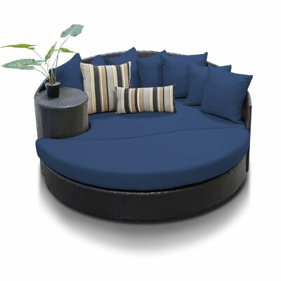 Newport Circular Sun Daybed with Cushions Fabric: Navy