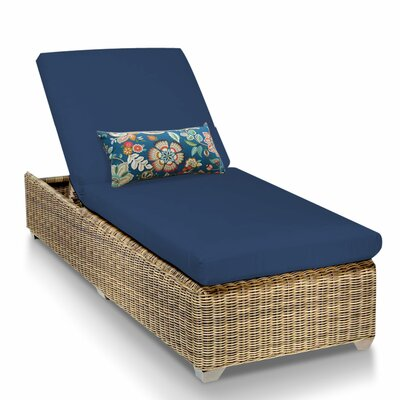 Cape Cod Chaise Lounge with Cushion Fabric: Navy