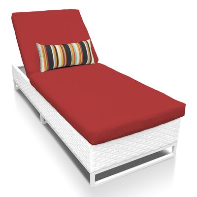 Miami Chaise Lounge with Cushion Fabric: Terracotta